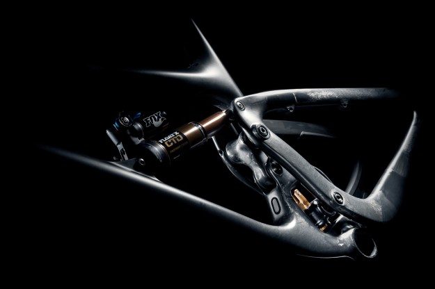 2015 Yeti SB6c Switch Infinity Suspension Details