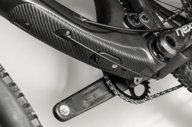 Pivot Mach 429SL - Cable Port System with Shimano Di2 Support